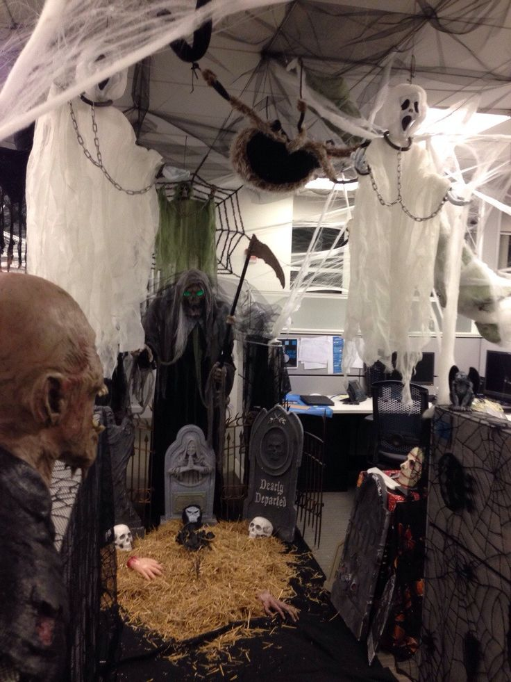decorating office for halloween. i take the halloween cubicle contest very serious decorating office for a