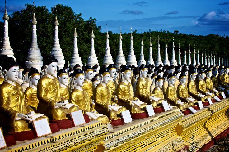 Row upon row of Buddha statues at Bodhi Tataung, Monywa, Burma