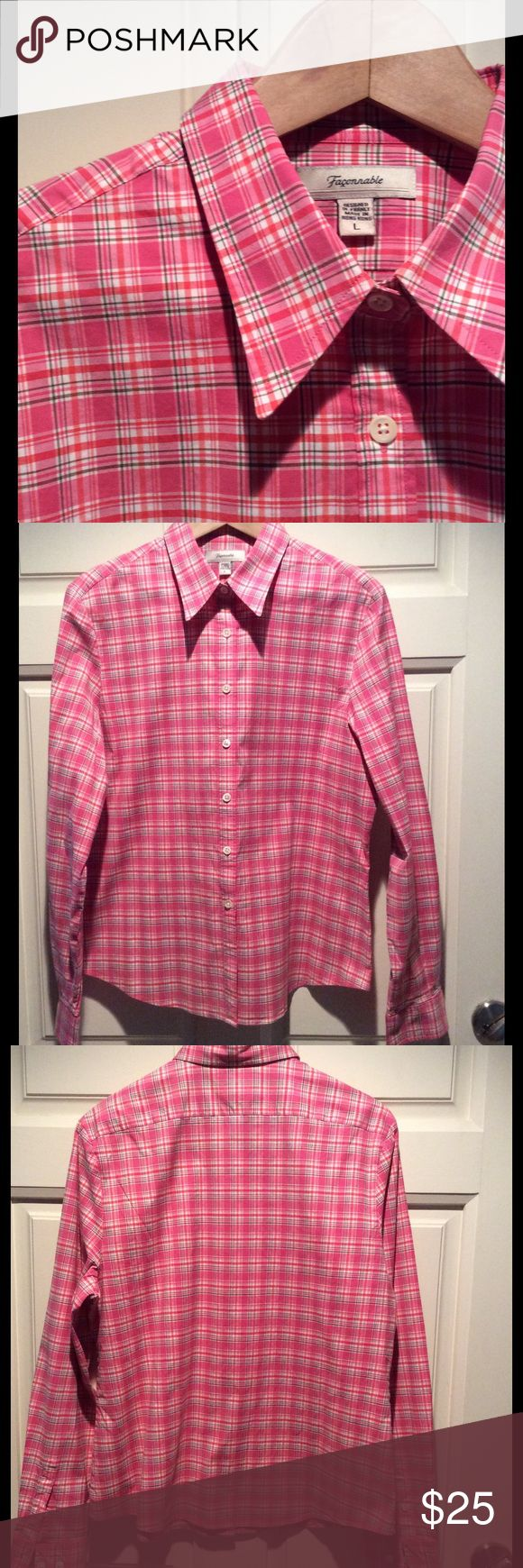 Faconnable shirt Beautiful tailoring in the great fitting shirt.  Great for spring! In perfect condition. Faconnable  Tops Button Down Shirts