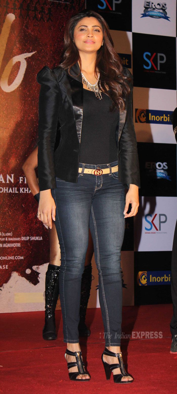 Daisy Shah promotes Jai Ho at a suburban Mall in Mumbai. #Style #Bollywood #Fashion #Beauty