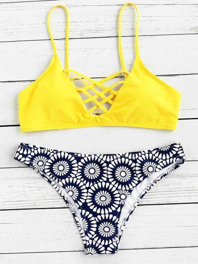 Set di bikini con incrocio