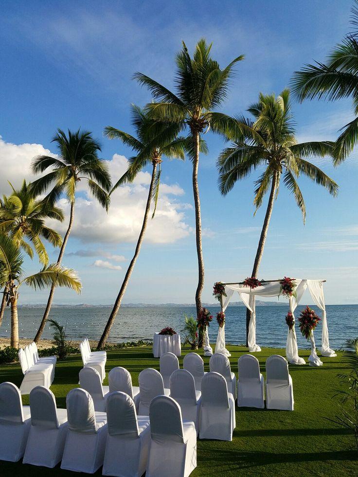 Ceremony lawn venue
