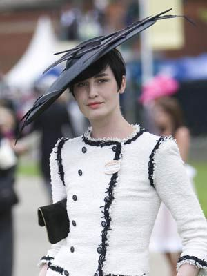 Erin O'Connor on Ladies Day at Royal Ascot 2009. Hat by Stephen Jones.