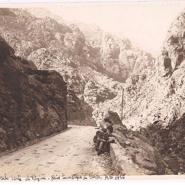 https://lacorsedantan.com/2017/12/08/motard-dans-la-scala-di-santa-regina-en-1928/