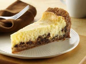 """Gluten Free Chocolate Chip Cookie Cheesecake from """"Betty Crocker's Gluten Free Cooking"""" http://glutenfreerecipebox.com/gluten-freee-cheesecake-chocolate-chip-cookie"""