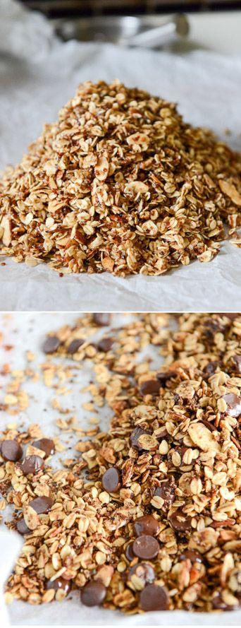 Crunchy Quinoa Granola I howsweeteats.com