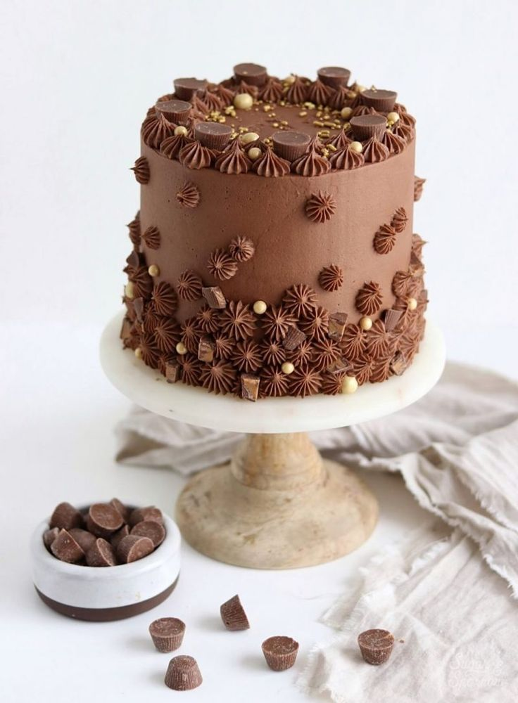 Chocolate Peanut Butter Cake – Cakes