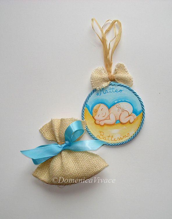 Sagoma tonda dipinta a mano, completa di sacchetto confetti.