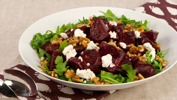 Roasted Beet and Arugula Salad with Walnut Dressing