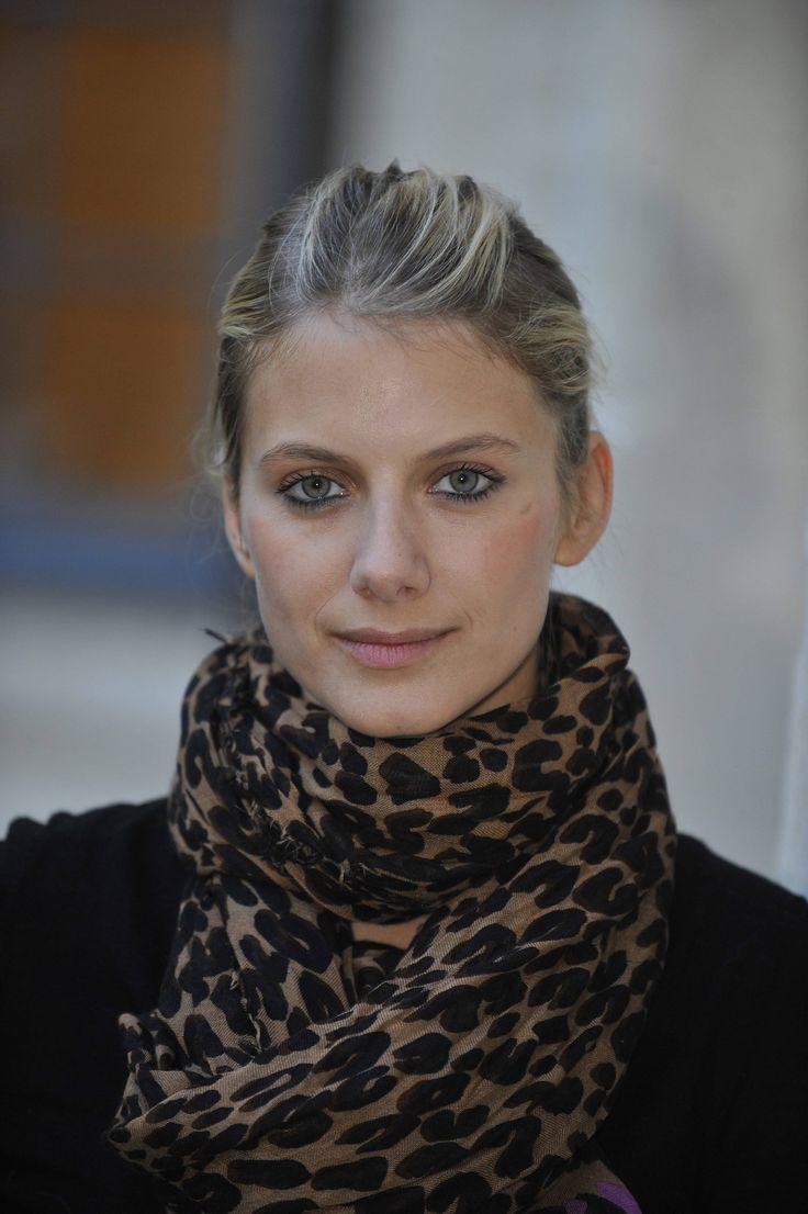 L'écharpe léopard Vuitton, j'adore !