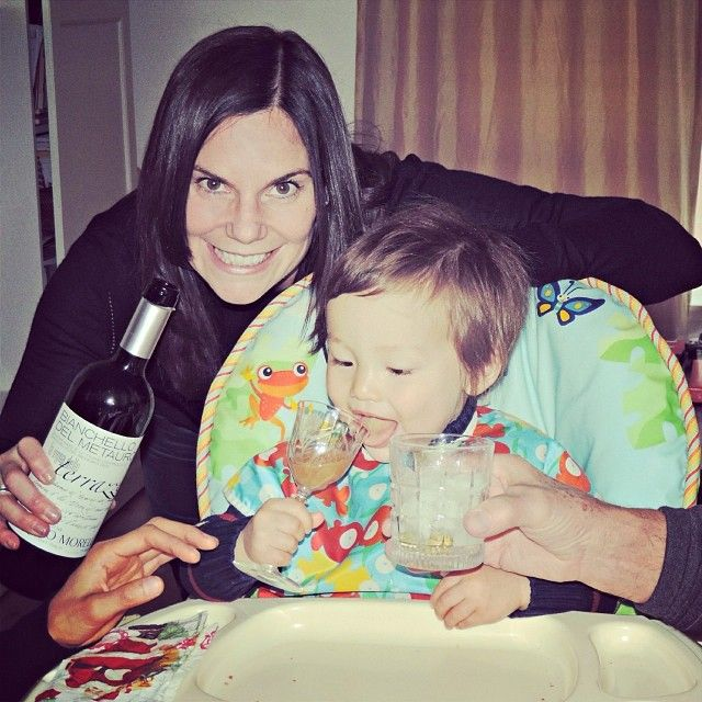 #sanfrancisco #latergram Auntie Jen and Poppy always the best influence ha. #wine #martini #cheers #kampai @aiselections please note my nephew's excellent taste in wine #Morelli #Bianchello