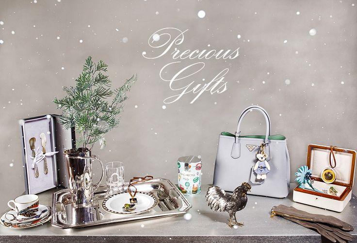Роскошные статусные аксессуары от Dolce&Gabbana, Gucci, Tom Ford, Ermenegildo Zegna станут лучшим подарком для ваших близких в этот волшебный праздник!  Мечты сбываются с VIPAVENUE!