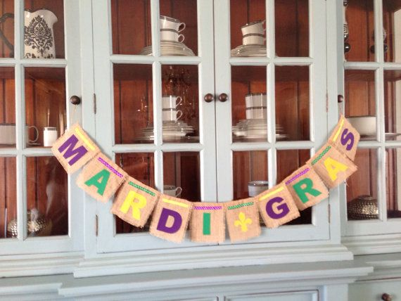 Mardi Gras burlap banner. Purple, green and gold. MADE TO ORDER on Etsy, $35.00
