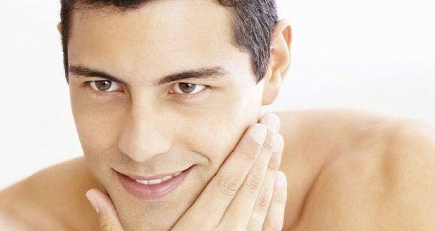 Cara Merawat Wajah Pria Berminyak Dan Berjerawat