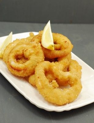PROYECTO ROCA: CALAMARES DE LA ROMANA Spanish Style Squids with Roca family recipe Calamars à la romaine de la famille Roca