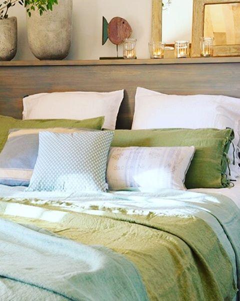 Mi estilismo para la revista @el_mueble #stylist : @sol_van_dorssen #photo by @stellarotger #dormitorio #cama #bedroom #arredamento #texturas #estilo #detalles #cama #decoration #decor #interiores #ropadecama #cojines #peces #troppoparticolare #casa #arredamento #espejos #interiordesign #casa #house #lino @filocolore #almohadones #decoracion #revista