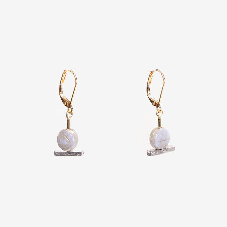 BOLON || Artisan earrings, handmade in Canada by Anne-Marie Chagnon (2017) || Boucles d'oreilles faites à la main à Montréal, par l'artiste bijoutière Anne-Marie Chagnon
