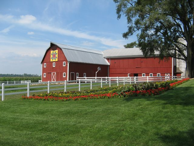75 best quilt gardens and barn quilts images on pinterest for Barn home builders indiana