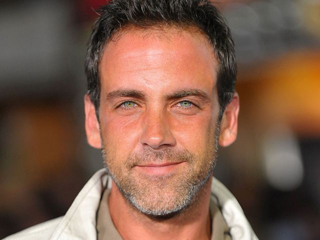Carlos Ponce. He's aged so well
