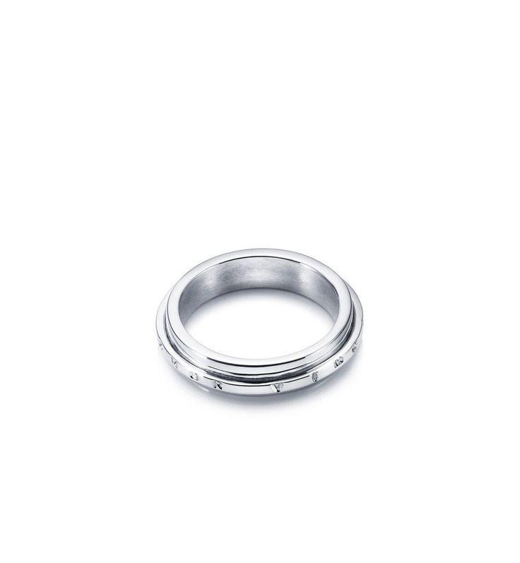 AVO Edge Ring i gruppen Ringar hos Efva Attling AB (13-100-00273r)