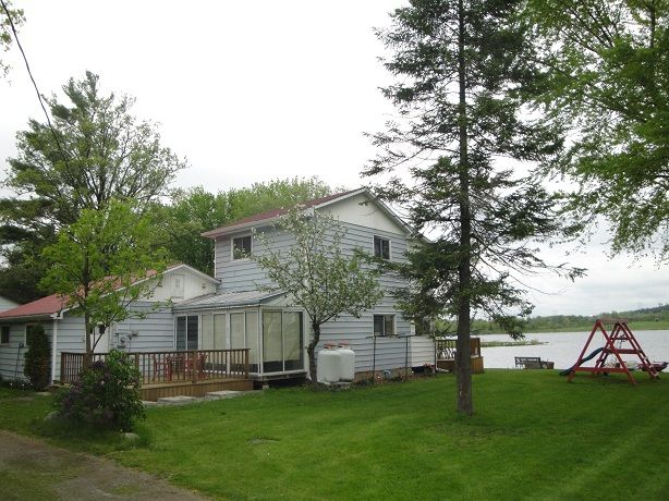 Great 4-season waterfront home or cottage, furnished with 5 bedrooms for a family or for all your guests who will want to visit you at this scenic Trent River location. Excellent fishing at Percy Boom famous for 25kms of lock-free boating. There is a swimming platform out in the open water for great swimming. #Ptbo #Ontario #TrentHills #CottageLife