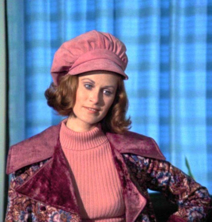 Susan Clark as Beth Chadwick (1971) - Columbo episode, 'Lady in Waiting'