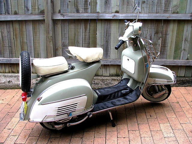 Vespa Super 150 - 1966 by vespa_obsession, via Flickr