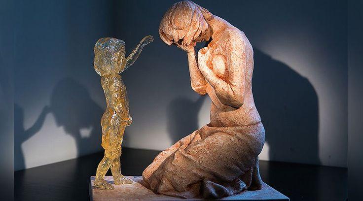 ROMA, 26 Oct. 15 / 04:05 pm (ACI/EWTN Noticias).-   Hace cinco años un joven artista eslovaco decidió crear una escultura para llevar esperanza y sanación a las mujeres que sufren el síndrome post aborto, con dolor y arrepentimiento. El proyecto del artista tocó muchos corazones alrededor del mundo, incluido el del Papa Francisco.