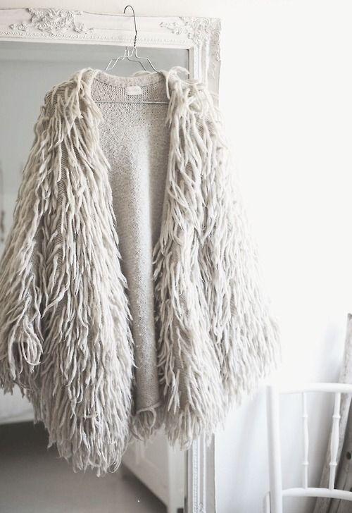 una specie di punto pelliccia per questa mantella... a quanti di voi piace?