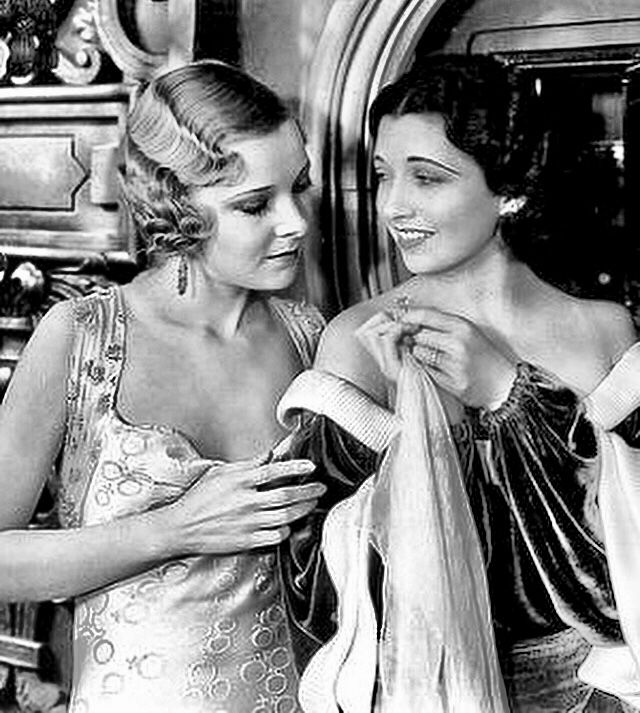 Helen Vinson & Kay Francis - Jewel Robbery (1932)   Classic movie stars,  Classic hollywood, Hollywood actor