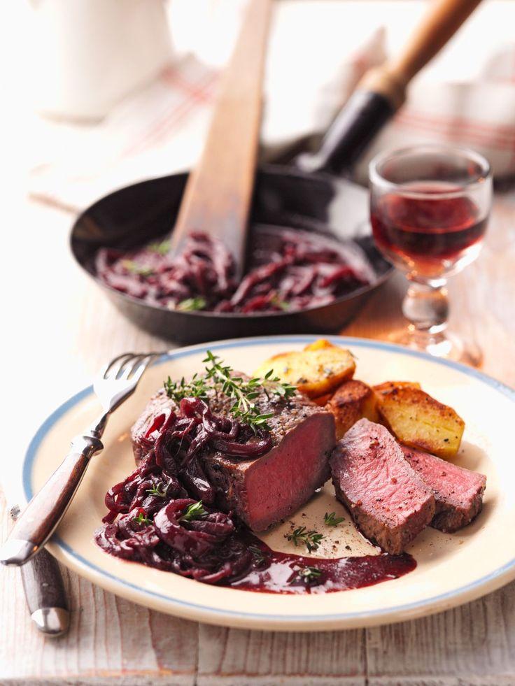 Rumpsteak mit Rotweinzwiebeln - smarter - Kalorien: 458 Kcal - Zeit: 35 Min. | eatsmarter.de