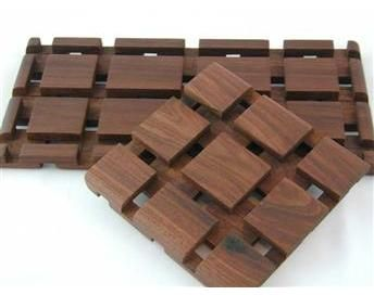 Innovative Curly Red OakFigured Walnut  Woodworking Project Picture