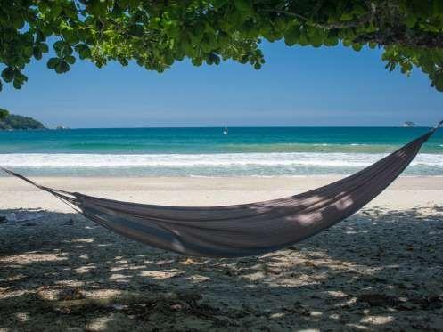 Praia do Sono (Paraty), Rio de Janeiro – A belíssima e deserta Praia do Sono atrai aventureiros e fã... - Shutterstock