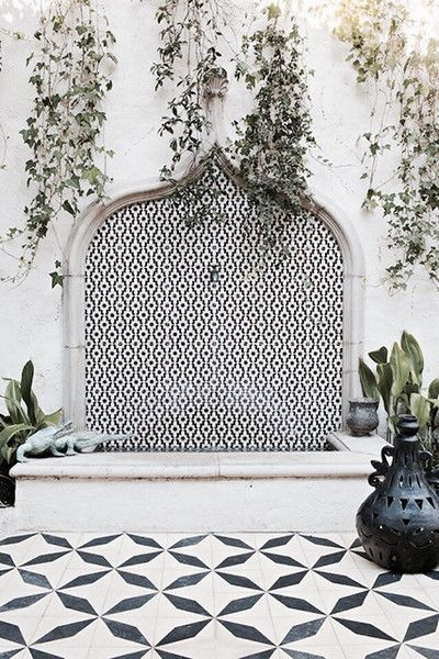 Fountain Of Style - Outdoor Tile That Is Definitely Not For Squares - Photos