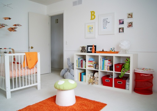 white nursery can still be colorful...Repinned from baby boy nursery by Traci
