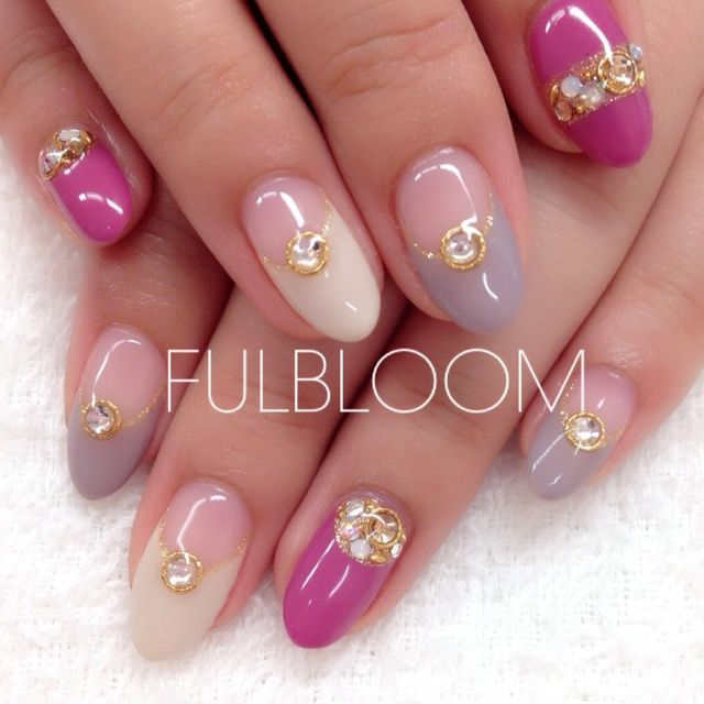 I just like the nails that have the pink...