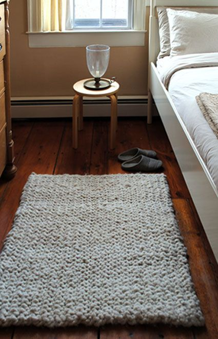 Big Stitch Knit Rug Tutorial
