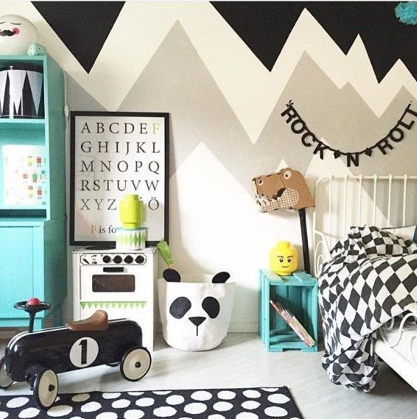 Panda canvas storage bags available at Desa Life. A cute addition to a monochrome-theme nusery, toddler or children's bedroom. www.desa.life