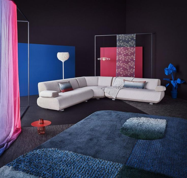 a contemporary bed , design from angelo cappellini. for inquiry, Innenarchitektur ideen