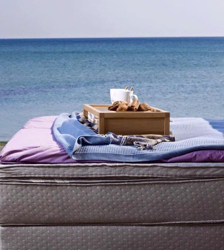 Happy Monday! A beautiful day begins by enjoying breakfast by the sea. #cocomat #mattress #linens