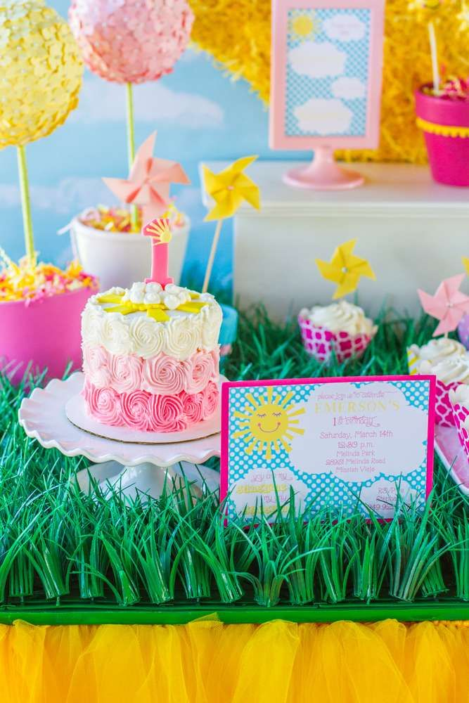 Amazing party treats at a sunshine party! See more party planning ideas at CatchMyParty.com!