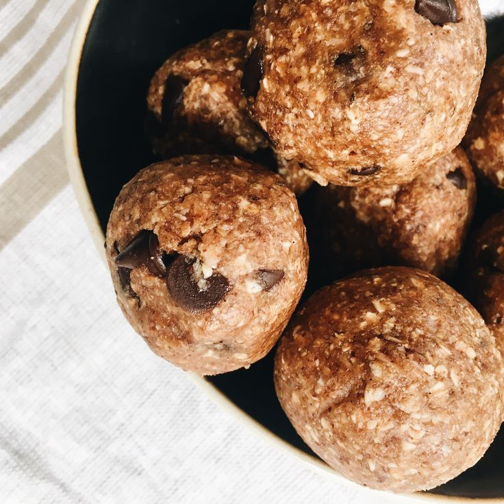 ROASTED ALMOND COOKIE DOUGH BLISS BALLS