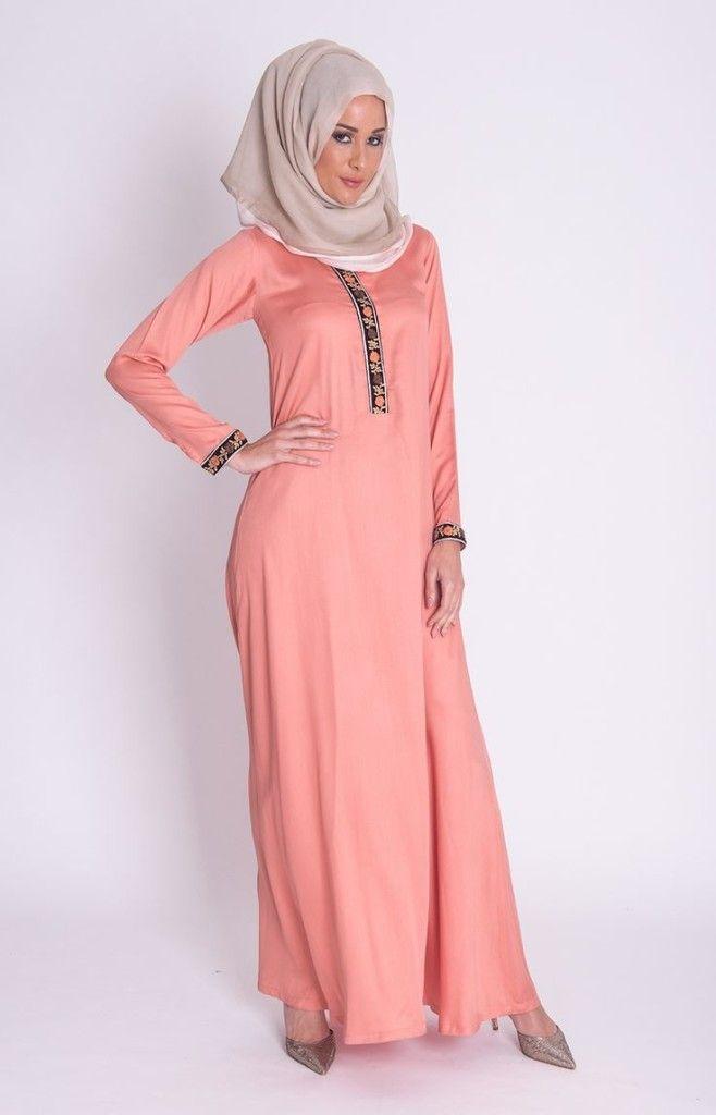 http://www.hijabiworld.com/hijab-styles-according-to-muslim-fashion-world/