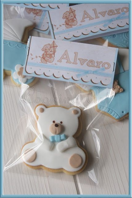 Recuerdo para Baby Shower. Una galleta con el nombre del bebé.