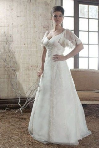 Plus size wedding dresses with sleeves best wedding for Plus size celtic wedding dresses