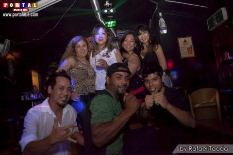 Bailão Sertanejo no El Mago A festa contou com Live show do Cantor Paulinho Miranda acompanhado por Enzo da Sanfona e sets com os DJs Mr. Bean e Bere.