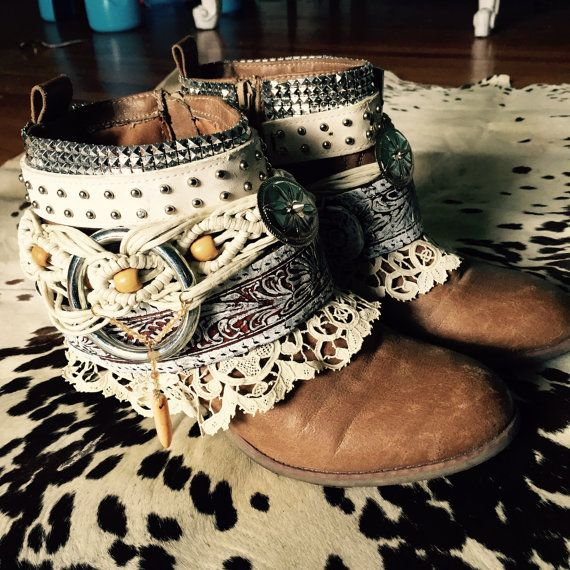 Custom Upcycled boots cowboy vintage boots gypsy by LaBohemme