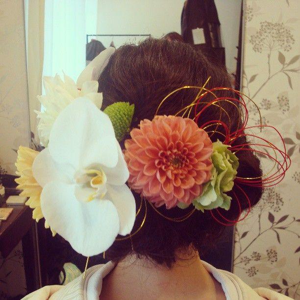#ヘアアレンジ#和装ヘア#和装#着物#花嫁#flower#花#鶴見の森迎賓館 #ヘアセット#色打ち掛け#お色直し#生花#水引#結婚式#wedding#bridal#ヘアスタイル#髪型#ヘア#トリートドレッシング