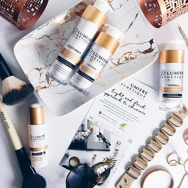 A great image from @thebeautybloss who is loving her brand new D'Lumiere Esthetique products!  Add yours to your beauty regime today by shopping our great range of products from cleansers to Vitamin C creams today.