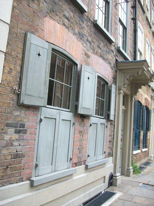 Huguenot style houses #London #Spitalfields